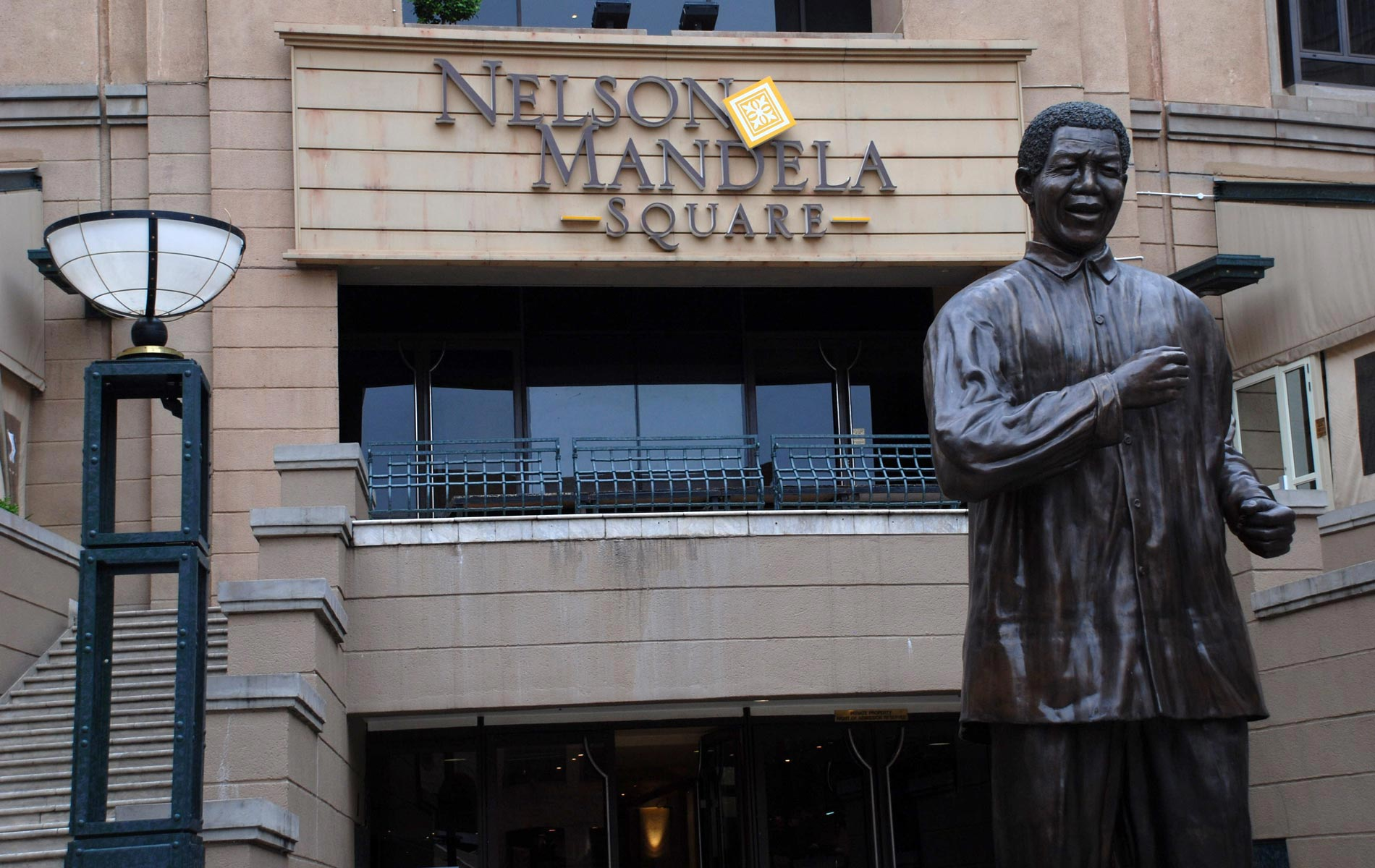 SOUTHAFRICA - Johannesburg_N.Mandela-Square - © Graziano Villa