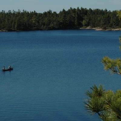 CANADA – ONTARIO – Pine Cove Lodge