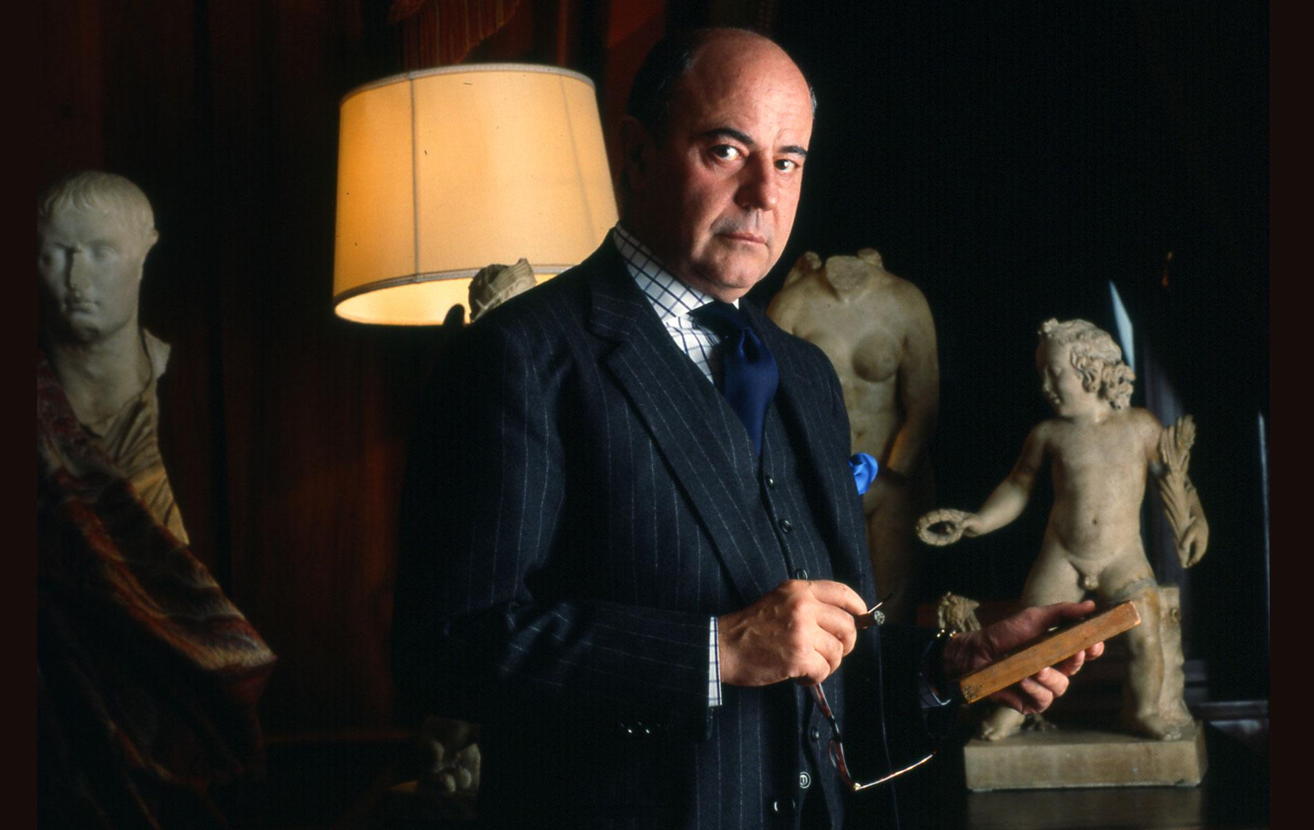 GIMMO ETRO - Italian fashion entrepreneur - Portraits Exhibition - © Graziano Villa