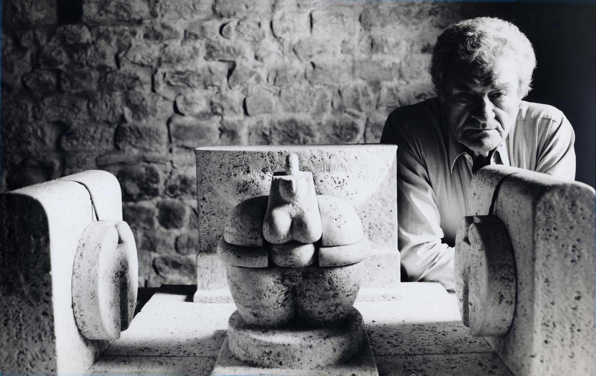 PITERO CASCELLA - Italian sculptor - Portraits Exhibition - © Graziano Villa