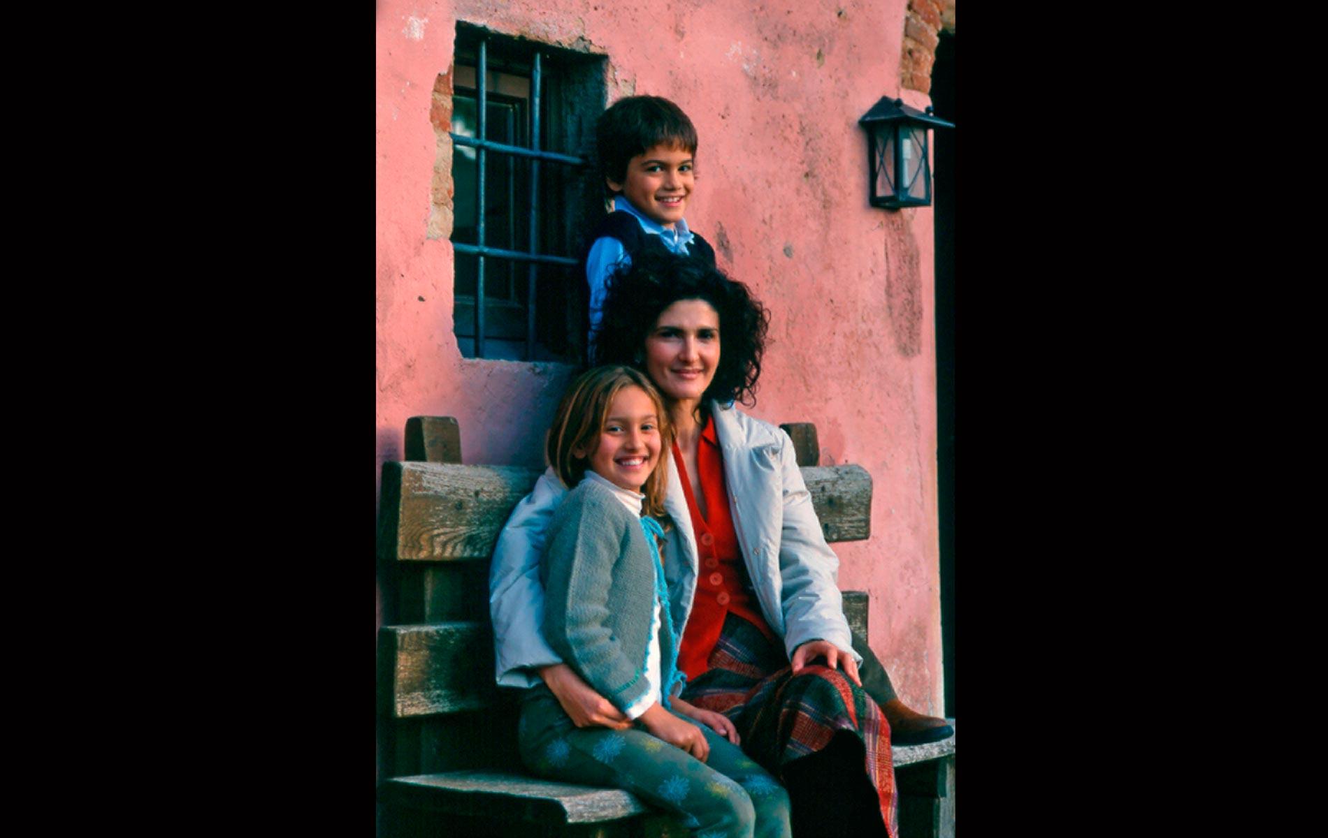 M.me Ilaria FERRAGAMO with her Childrens - Toscany - © Graziano Villa