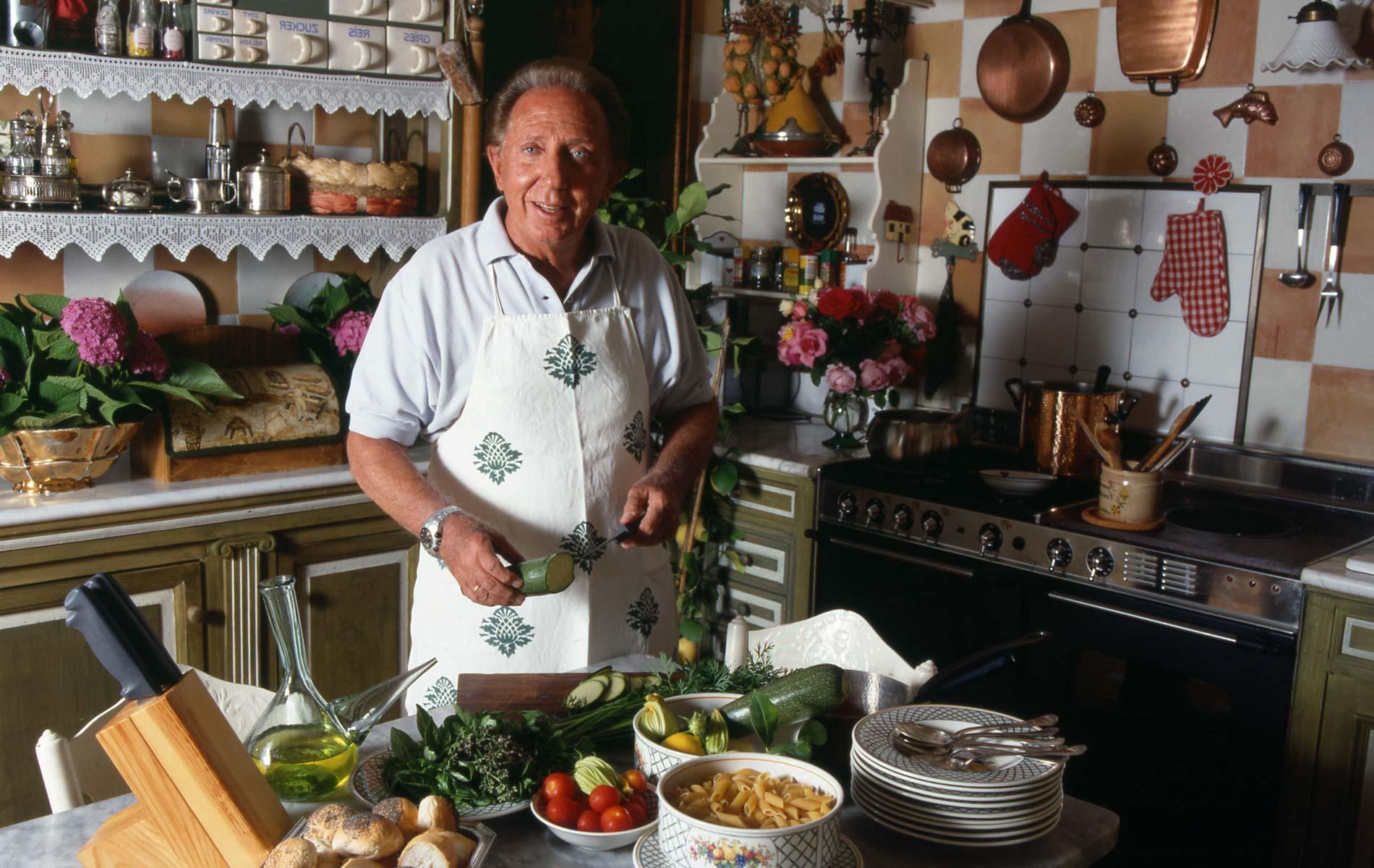 MIKE BONGIORNO - Italia anchorman - Portraits Exhibition - © Graziano Villa